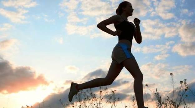 Runner violentata mentre corre sulla pista ciclabile