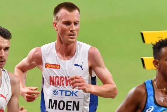 Sondre Moen batte il record europeo dell'ora di corsa