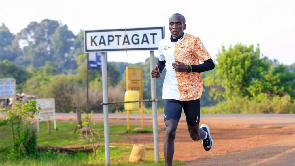 Kipchoge utilizzerà le controverse scarpe Vaporfly per la maratona di Londra