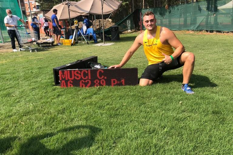 Strepitoso record italiano di Carmelo Musci nel disco U20 ai tricolori di Grosseto