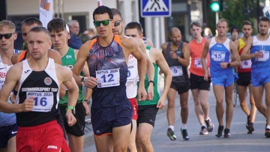 Marcia: lo svedese Karlstrom torna e vince la 20 km ad Alytus