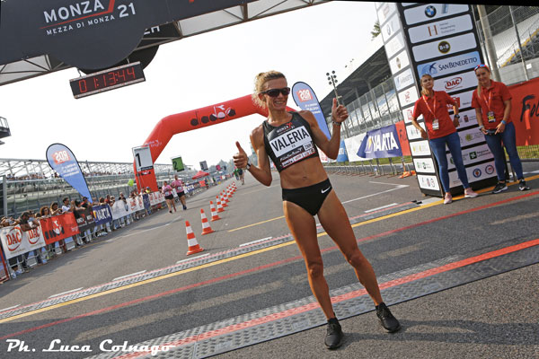 Valeria Straneo vince con una grande prestazione la Monza 21 Half Marathon