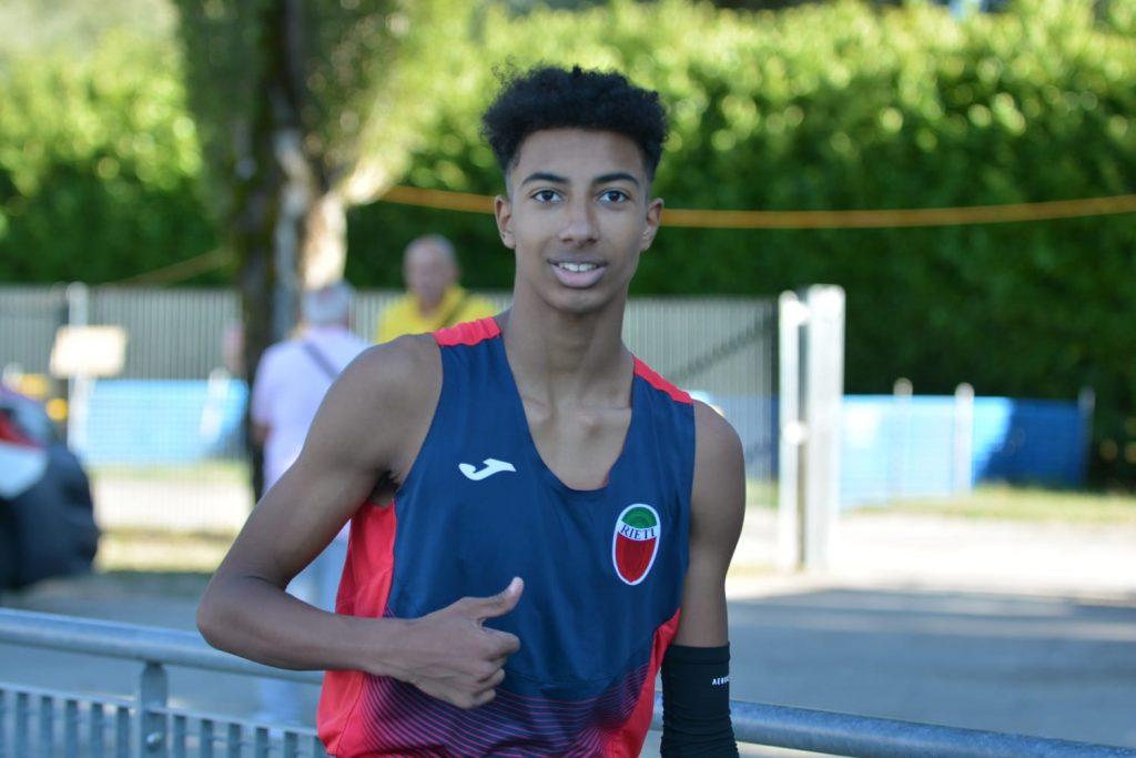 Mattia Furlani migliora il record italiano dei 150 metri cadetti