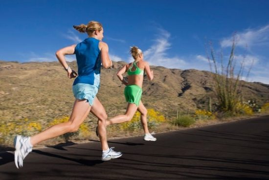 2-donne-che-corrono