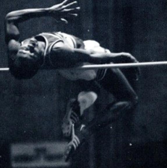 Salto in alto: muore a 58 anni per covid-19 Ron Jones, ex primatista Ncaa