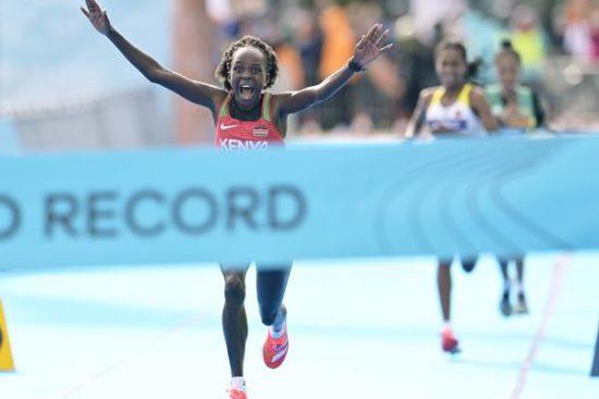 Record del mondo di Peres Jepchirchir nella mezza maratona dei mondiali di Gdynia