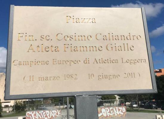 Una Piazza dedicata al compianto Cosimo Caliandro a Francavilla Fontana