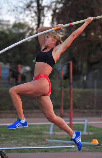 Master Tricolori: record europeo di Carla Forcellini nell'asta W60