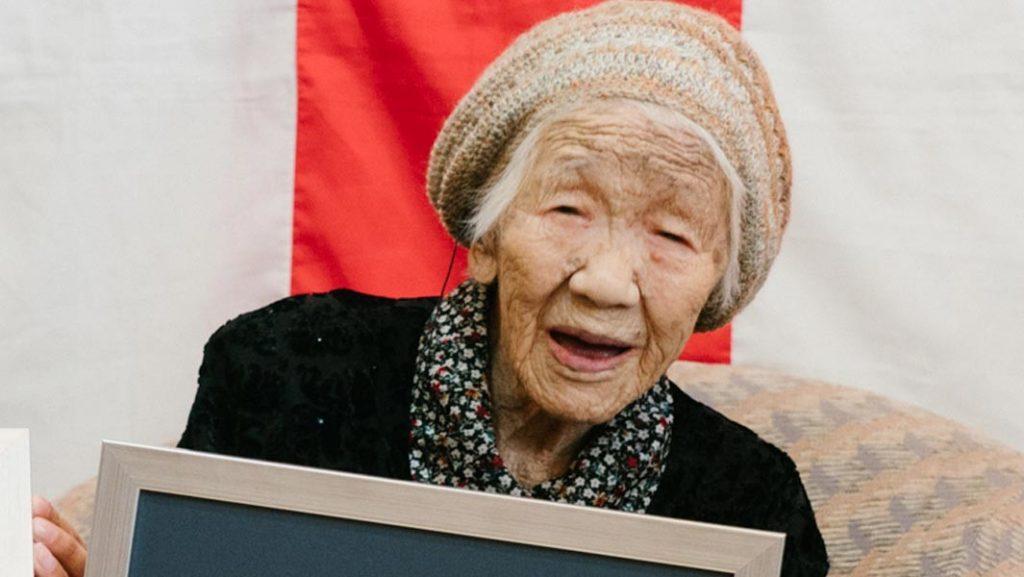 A 117 anni la giapponese Tanaka pronta a portare la torcia olimpica