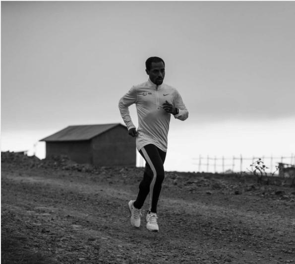 Kenenisa Bekele torna ad allenarsi dopo il forfait della Maratona di Londra