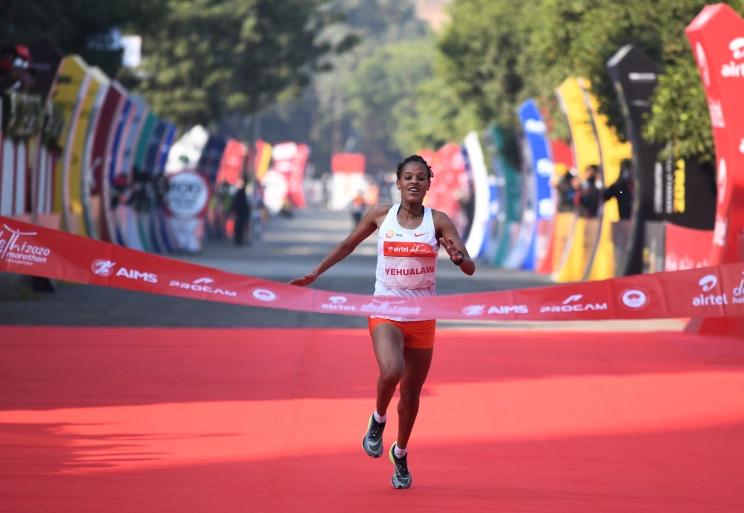 Grandi risultati alla Delhi Half Marathon, seconda prestazione mondiale femminile di sempre