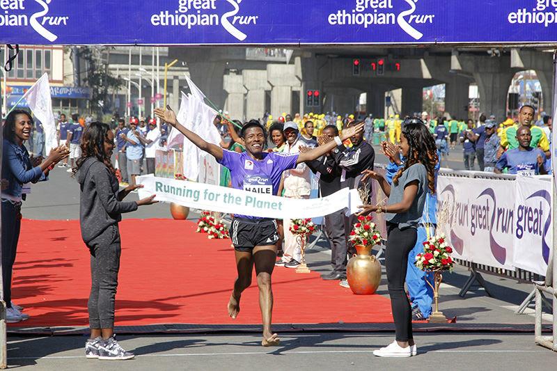 Haile Gebrselassie si prepara per la 20a edizione della Great Ethiopian Run di Gennaio