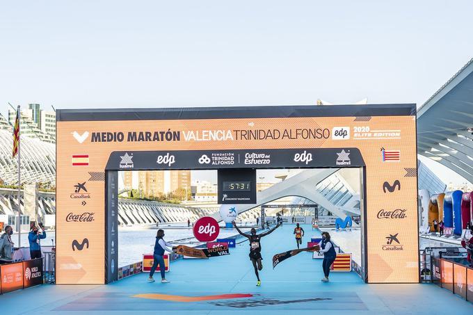 Strepitoso Record del Mondo nella mezza maratona a Valencia