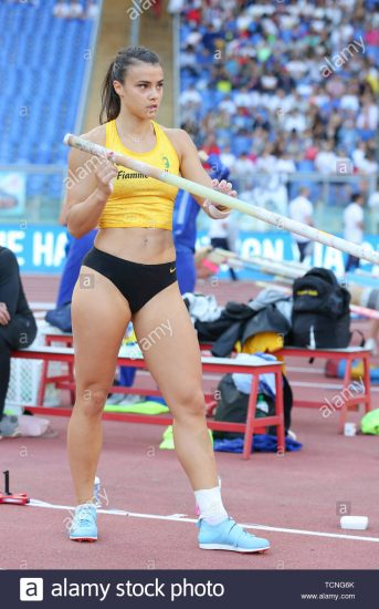 roma-italia-jun-06-sonia-malavisi-dell-italia-compete-in-donne-caso-pole-vault-durante-la-iaaf-diamond-league-2019-golden-gala-pietro-mennea-in-tcng6k