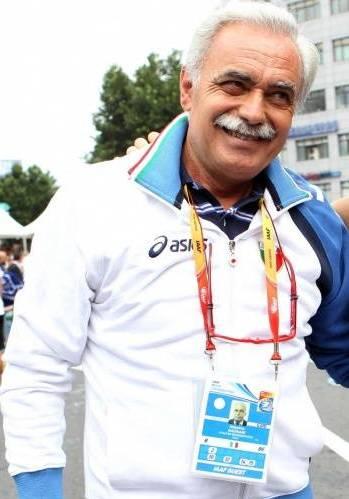 Cartolina - MASSIMO MAGNANI  ex maratoneta, due Olimpiadi e tanto impegno