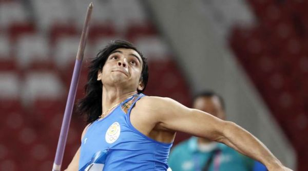 Giavellotto: Neeraj Chopra batte il record indiano con 88,07 metri (miglior prestazione mondiale 2021)