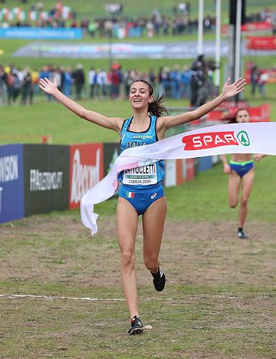 Nadia Battocletti vince il titolo italiano di cross a Campi Bisenzio