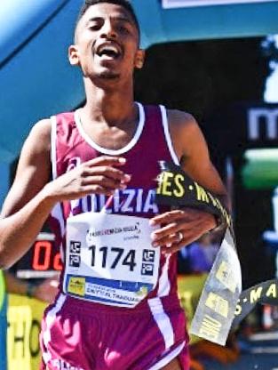 Convincente vittoria di Eyob Faniel nella 10 km della Mujalonga sul Mar a Muggia