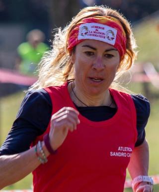 Francesca Canepa, Campionessa Italiana corsa su strada 24h con 224,264km - di Matteo SIMONE