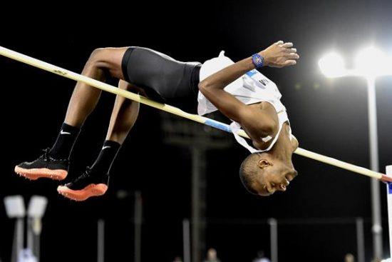 Mutaz Essa BARSHIM salta 2,30 a Tokyo nel meeting di inaugurazione dello stadio olimpico