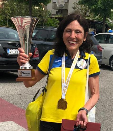 """Podisti Campani alla """"ribalta� alla mezza maratona di Latina  Vittoria in assoluto per Siragi, Ermini la prima donna. Per i campani Landi e Maniaci."""