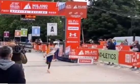 Milano Marathon spettacolare, Eriku TITUS 2h02'57 e Gebremaryam Hiwot GEBREKIDAN (ETH) 2h19:35