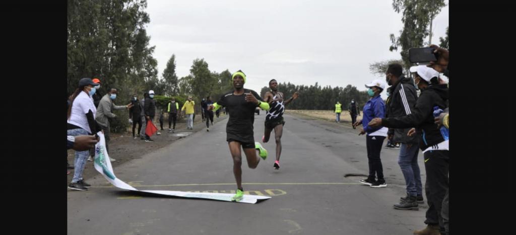 Senza Bekele le prove della maratona olimpica etiope vinte da Shura Kitata e Tigist Girma