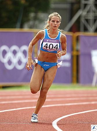Anna Bongiorni vola col vento nei 200 metri ad Arezzo