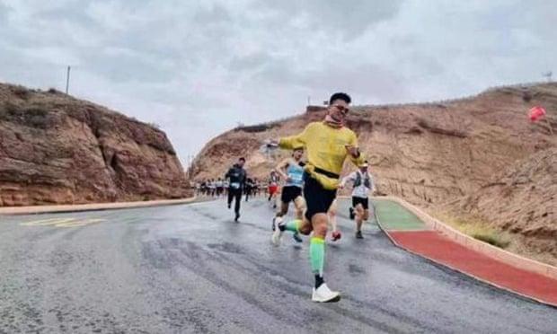 Ultramaratone vietate in Cina dopo la morte di 21 fondisti il mese scorso