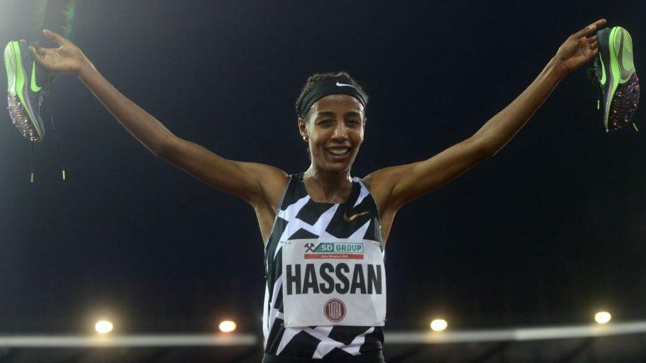 Sifan Hassan demolisce il record mondiale dei 10.000 metri a Hengelo