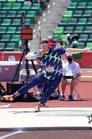 Ryan Crouser  demolisce il record del mondo di getto del peso-IL VIDEO
