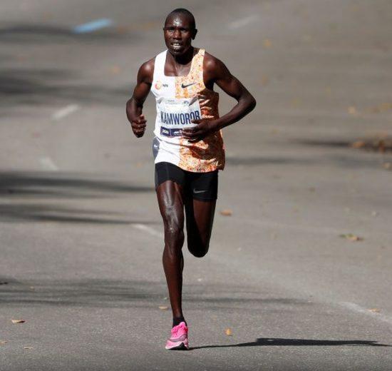 Niente Olimpiadi per Geoffrey Kamworor tre volte campione del mondo di mezza maratona