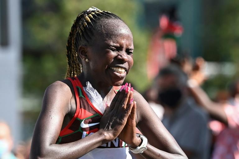 Olimpiadi Tokyo Atletica: nella maratona oro alla keniana Peres Jepchirchir