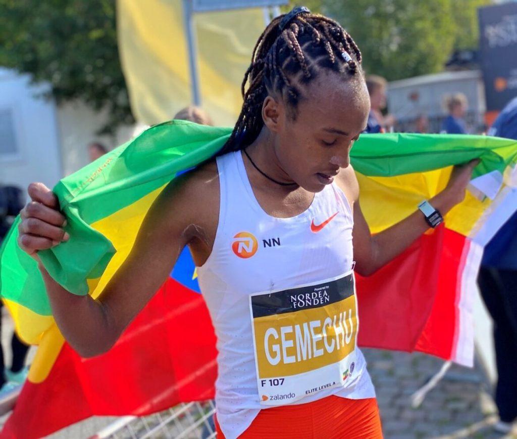 Tsihay Gemechu batte il record di Sifan Hassan nella Mezza Maratona di Copenaghen