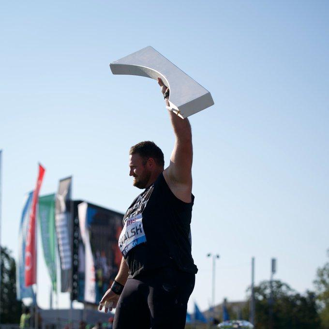 Tom Walsh rompe il fermapiedi della pedana del peso nella finale della Diamond League