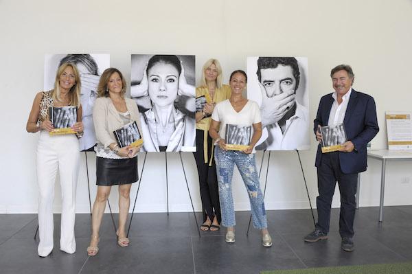 Violenza sule donne - Giusy Versace ha inaugurato ad Assago I Muri del Silanzio