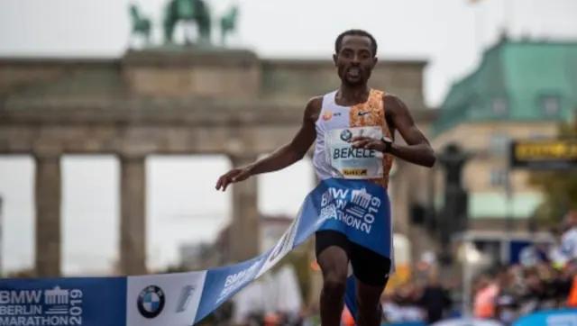 """Kenenisa Bekele """"a caccia del record mondiale"""" alla maratona di Berlino dopo la sua dura ripresa dal COVID-19"""