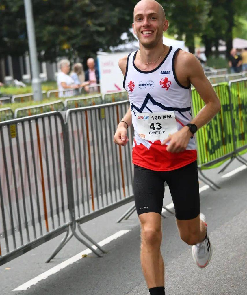 """Gabriele Turroni settimo alla 100 km di Winschoten in 7h21'56""""  Desideravo avvicinarmi il più possibile al tempo delle 7h15- diMatteo SIMONE"""