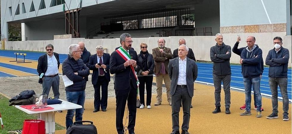 Trento: inaugurata la nuova pista ma... la tribuna è puntellata da oltre 2 anni, inaccessibile